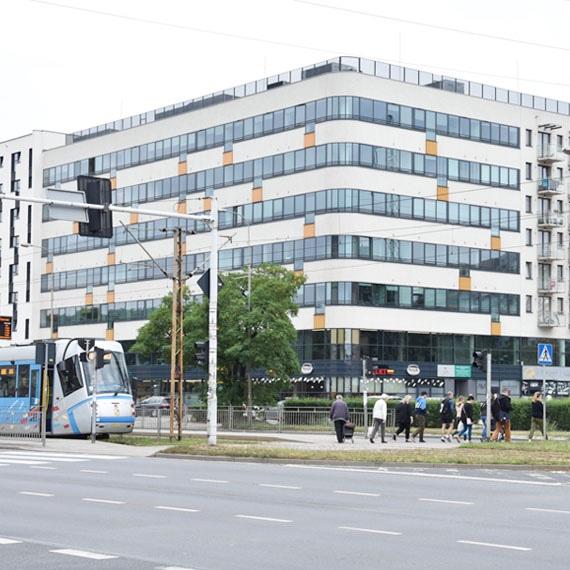 Năm 2018, họ tiếp tục mở rộng, phát triển văn phòng mới ở Wrocław.